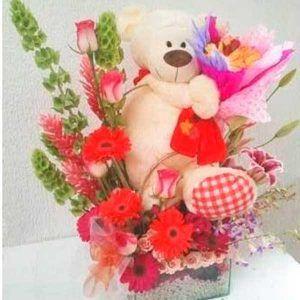 Arreglo Floral exótico Oso Amoroso