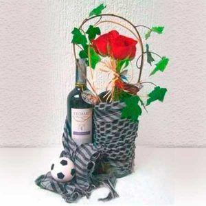 Ramo Bouquet con Rosas y  Vino Cata